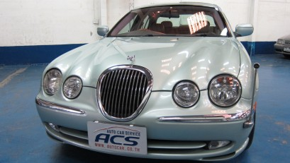 1999 Jaguar S-Type V8 4.0 Sedan